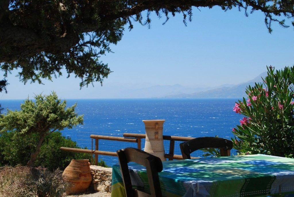 נוף מאי הכרתים ביוון